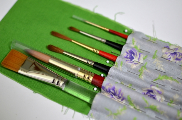 pin-sleeve-to-fit-brushes.JPG